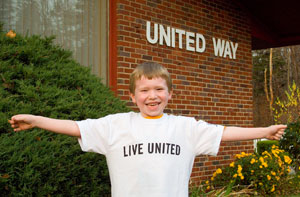 Ryan showing off his LIVE UNITED shirt!