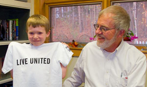 Ryan receives his own LIVE UNITED t-shirt
